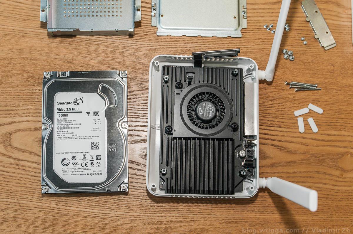 Xiaomi Router R2D с диском на терабайт - 19