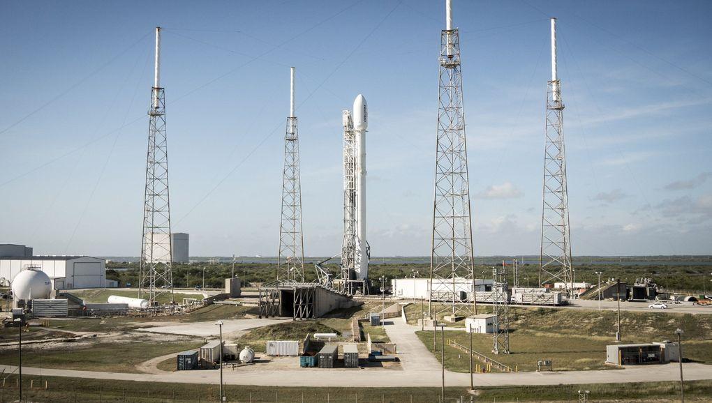 Компания SpaceX выложила hi-res фотографии взлета и приземления Falcon 9 - 2