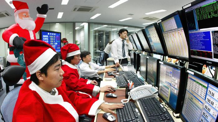 Ралли Санта-Клауса: Как новогодние праздники влияют на фондовый рынок - 1