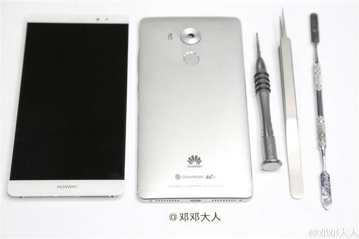 Смартфон Huawei Mate 8, судя по всему, разбирается достаточно несложно
