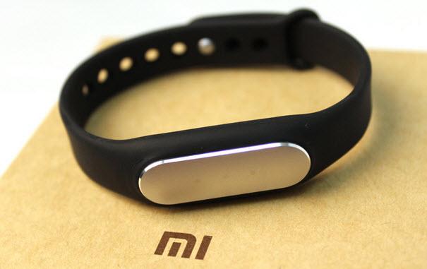 Xiaomi уже поставила на рынок более 10 млн умных браслетов Mi Band