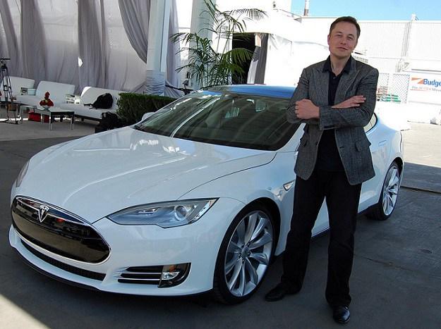 Илон Маск: роботизированные электрокары появятся у нас в течение двух лет - 1