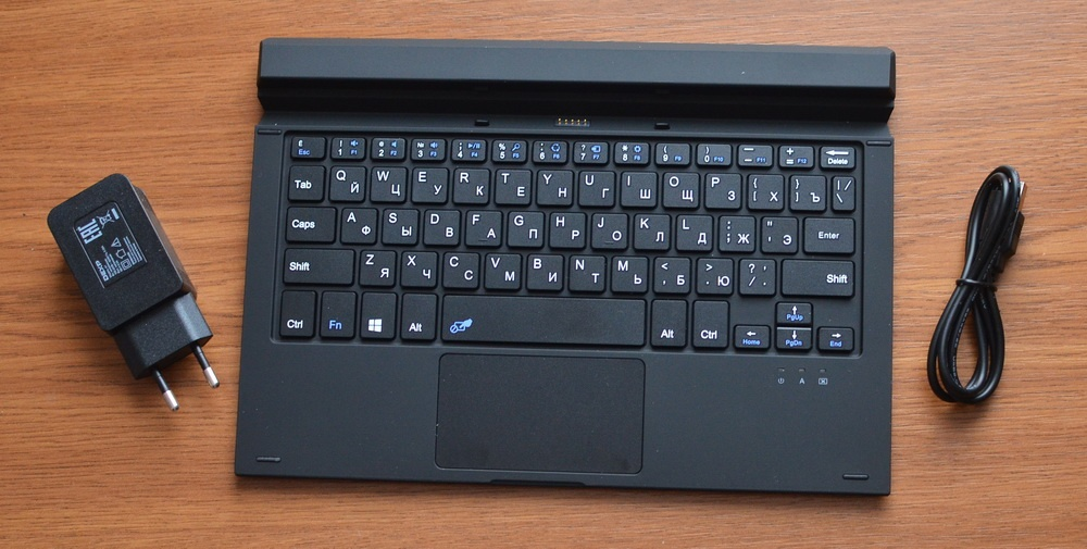 DEXP Ursus KX210i – планшет-трансформер на Windows 10 с процессором Intel® Atom™ - 11
