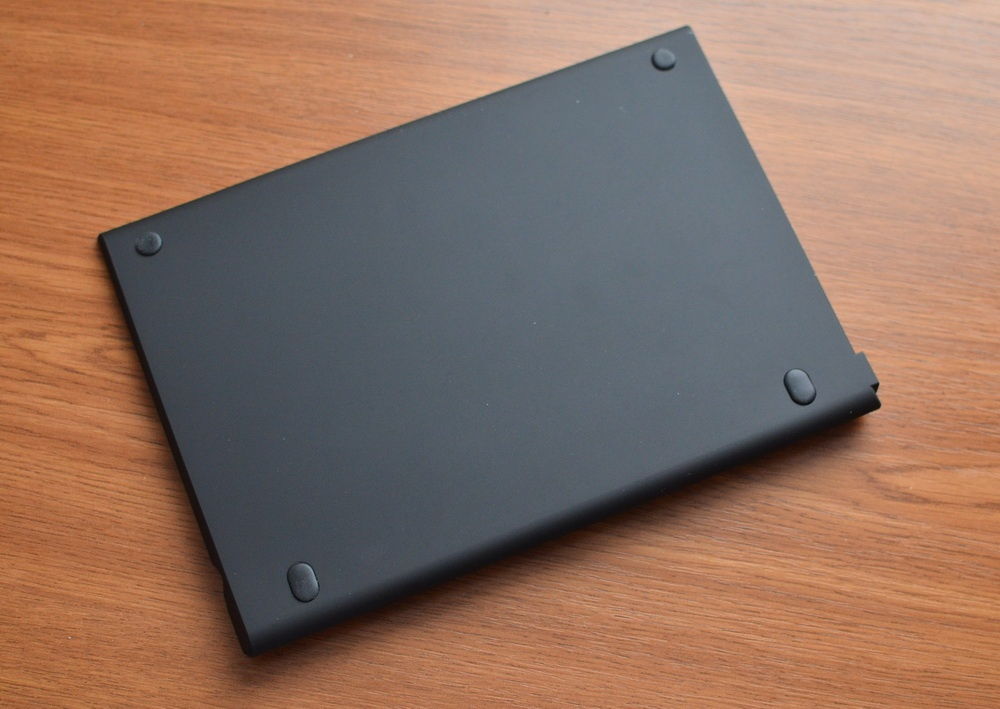 DEXP Ursus KX210i – планшет-трансформер на Windows 10 с процессором Intel® Atom™ - 9
