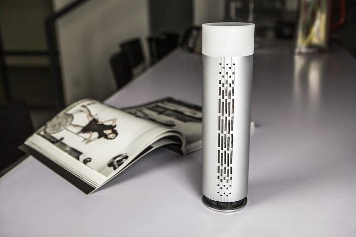 Ovevo Melody Z3 заключена в алюминиевый цилиндрический корпус