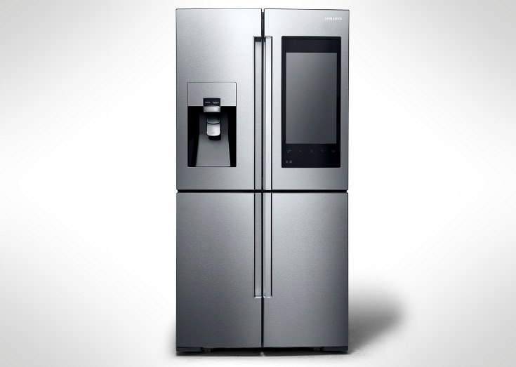 Холодильник Samsung Family Hub позволяет удалённо увидеть продукты внутри