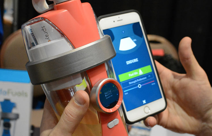 В умную бутылку LifeFuels встроен дисплей