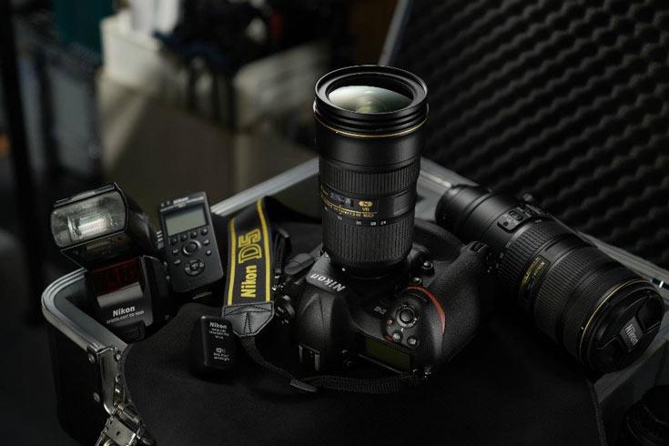 Камера Nikon D5 позволяет вести серийную съемку со скоростью до 14 к/с