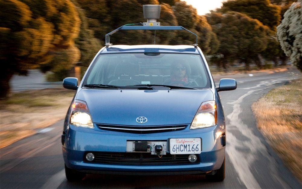 У Toyota 1400 патентов на робомобили, в два раза больше, чем у любой другой компании - 1