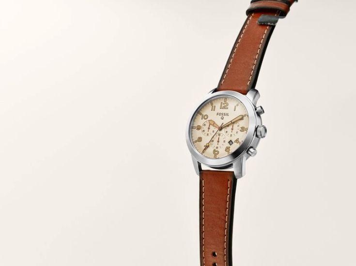 Умные часы Fossil Q54 не могут похвастаться продвинутыми способностями