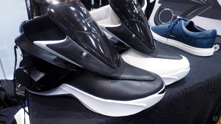 Компания Zhor Tech показала на CES 2016 умную обувь