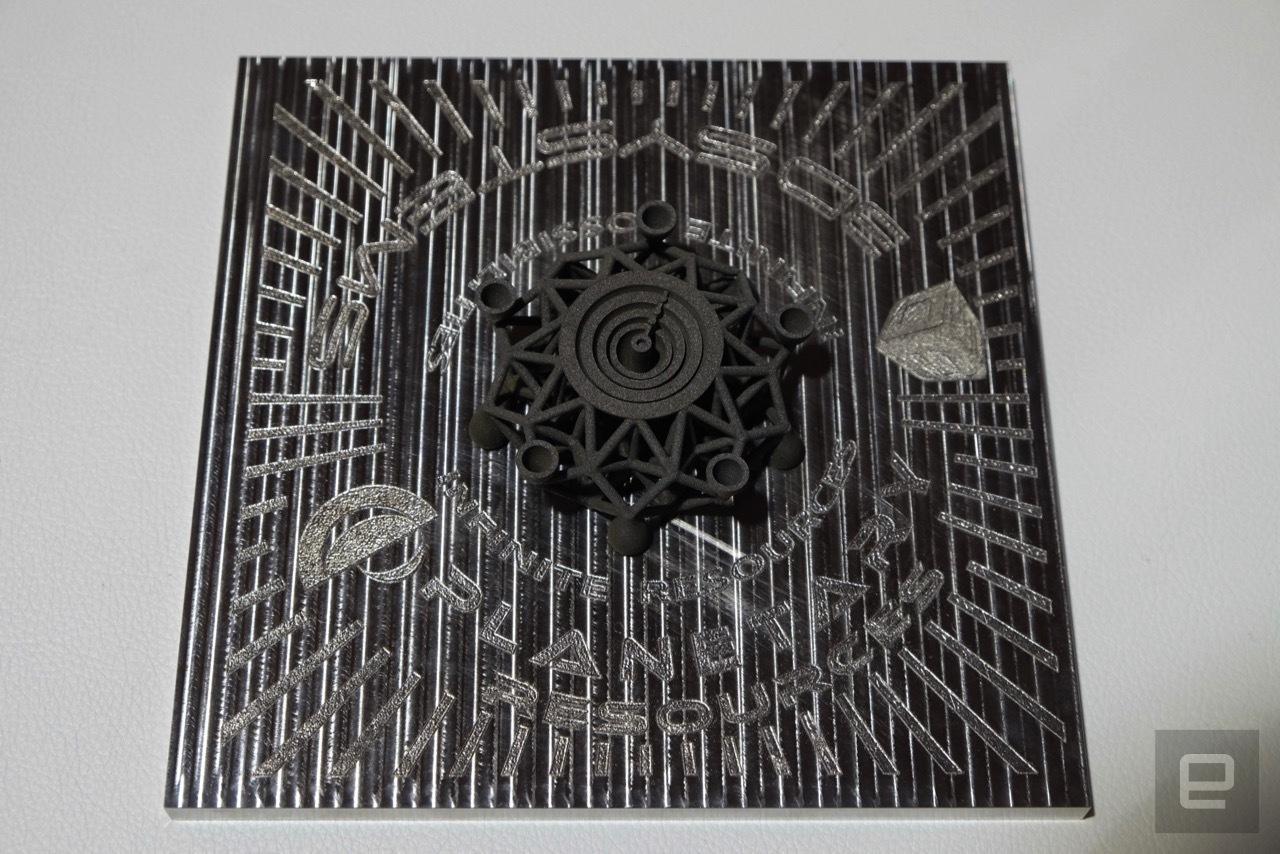 На 3D принтере распечатали первый в мире объект из металла внеземного происхождения - 4