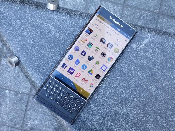 BlackBerry, по сути, отказывается от своей ОС