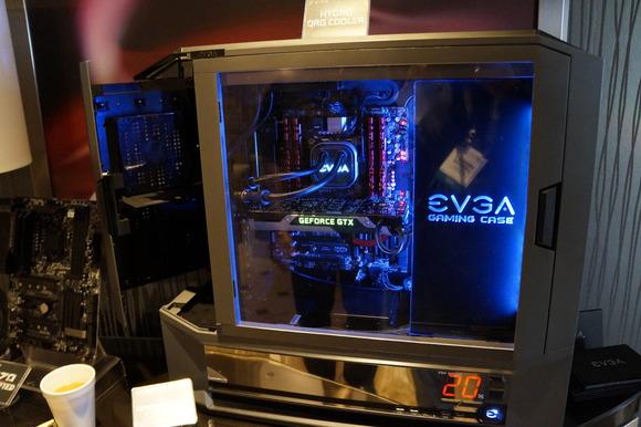 EVGA показала корпус, СЖО и звуковую карту