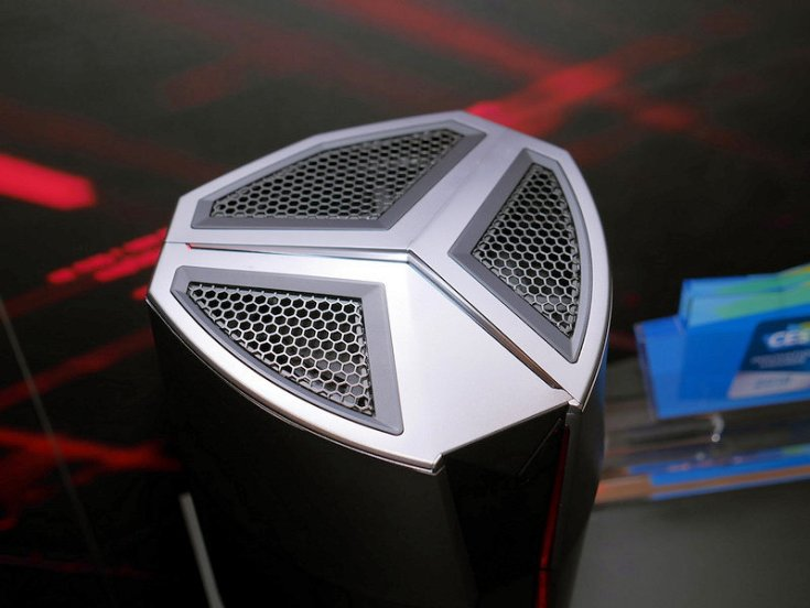 ПК MSI Vortex похож на Apple Mac Pro