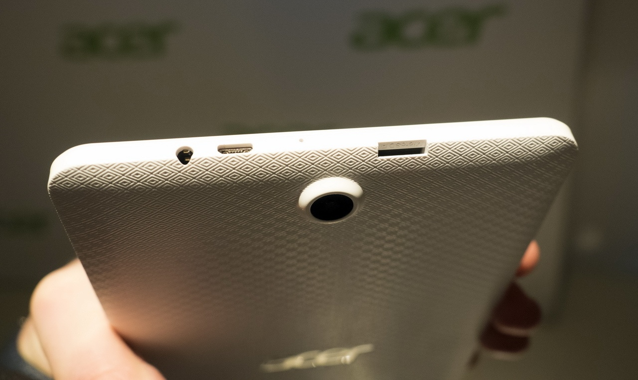 Acer на CES 2016: мониторы, планшеты, игровые ноутбуки и ультрамобильный трансформер - 12