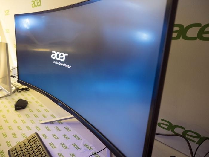 Acer на CES 2016: мониторы, планшеты, игровые ноутбуки и ультрамобильный трансформер - 1