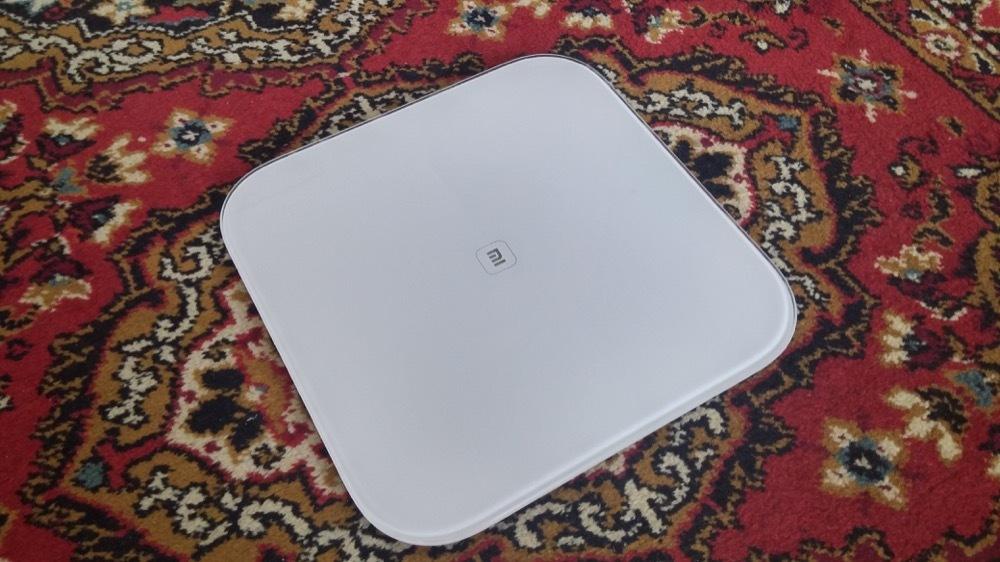 Новогодняя битва: весы Xiaomi Mi Smart Scales против вкусняшек и нездорового образа жизни - 1