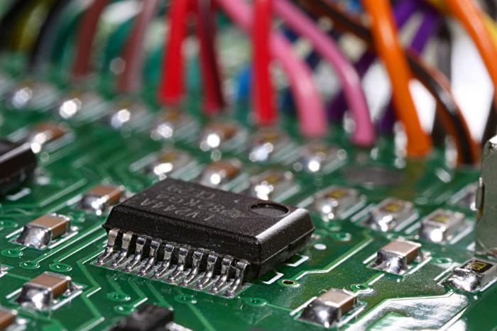 Алгоритмическая торговля: Поиск эффективного метода обработки данных с помощью FPGA - 1