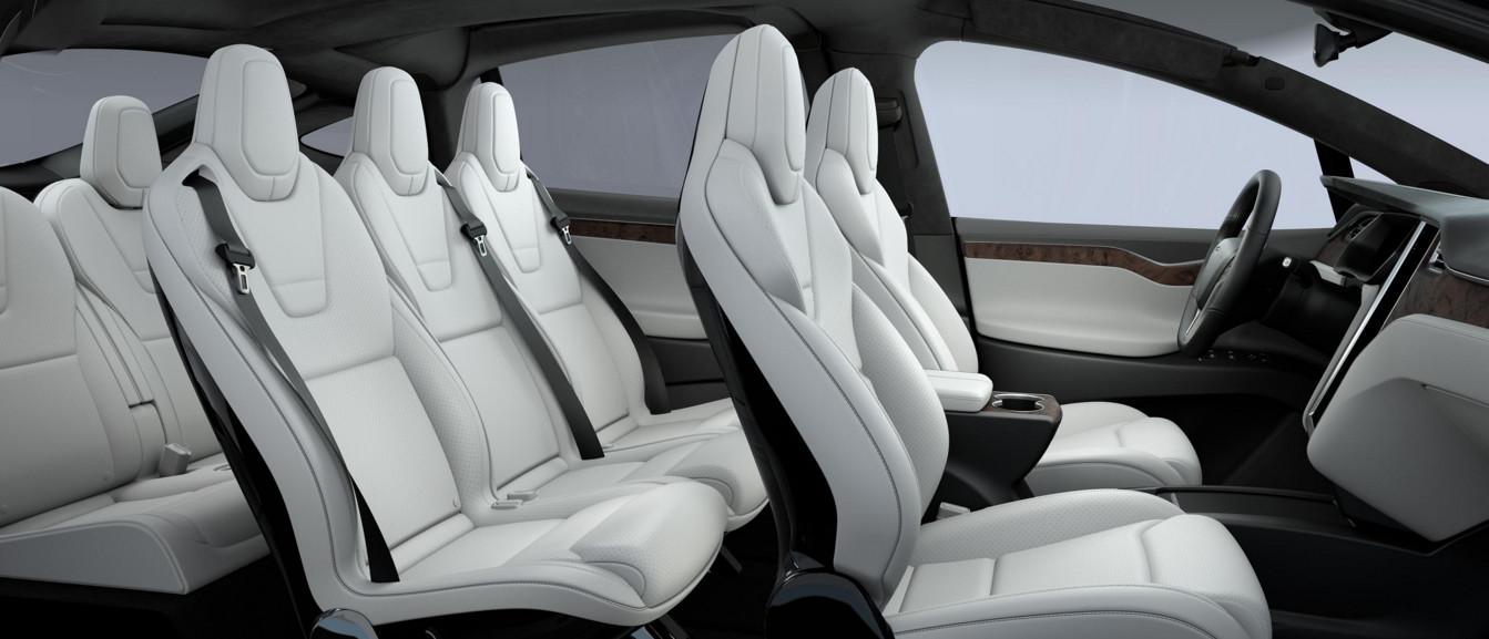 Tesla представила альтернативную версию кроссовера Model X для веганов