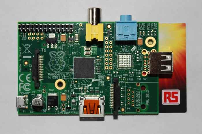 Raspberry Pi Model A, изображение из гугла