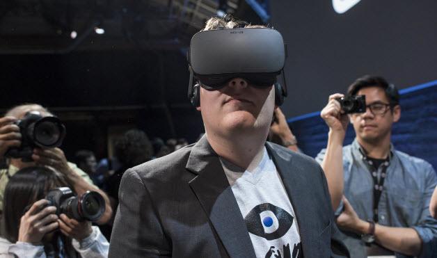 Создатель Oculus Rift все же предстанет перед судом