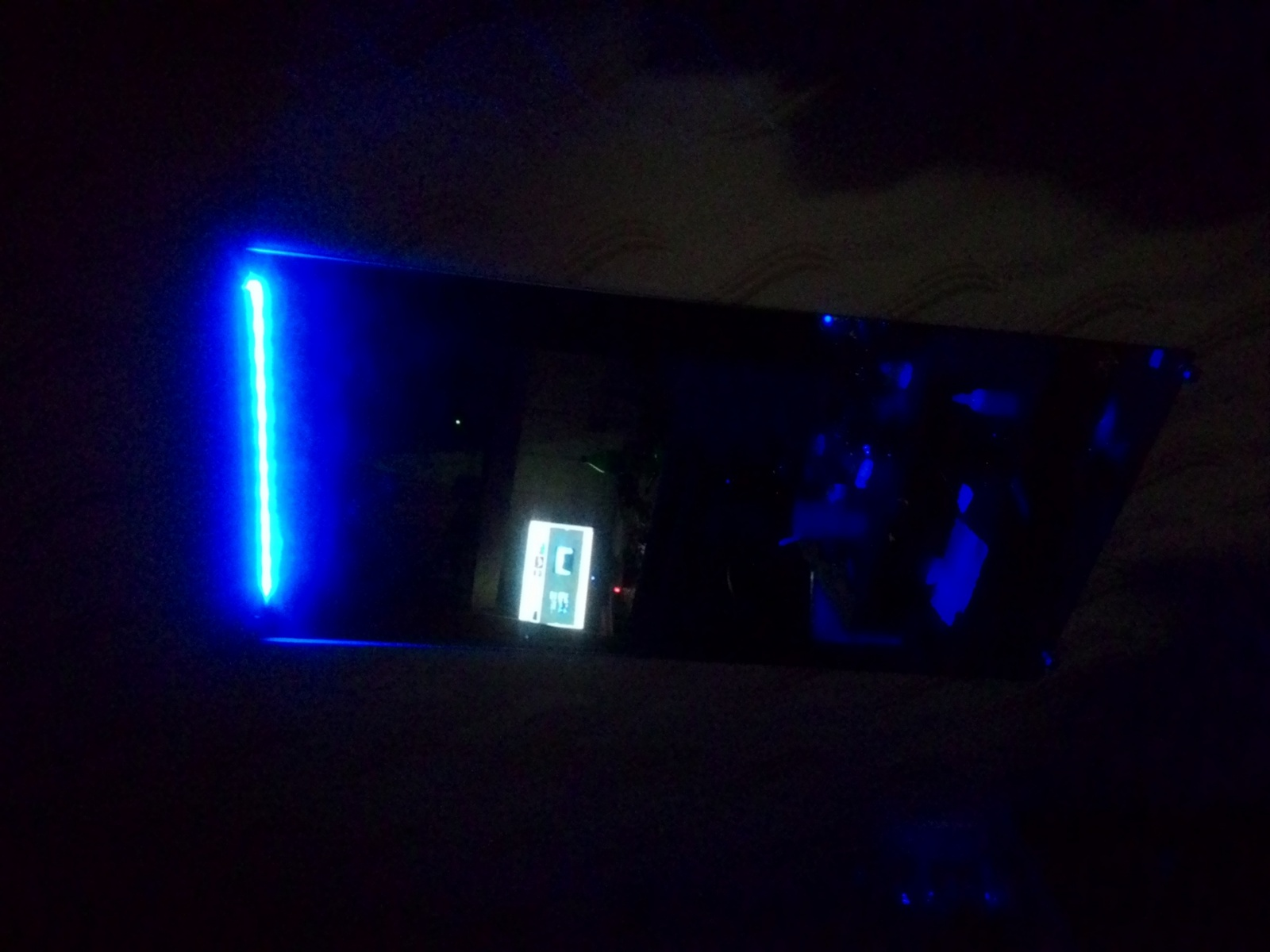 Ночник из зеркала и RGB LED Strip Light - 14