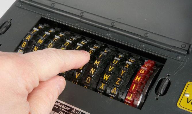 Шифровальная машина NEMA - 11