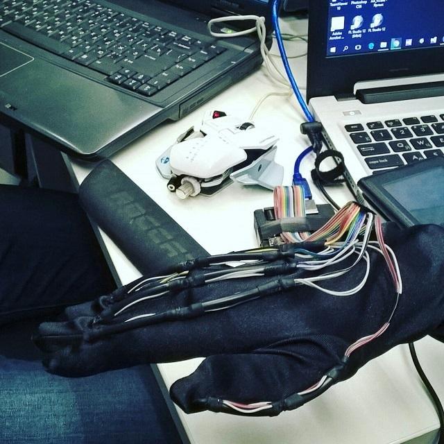 Виртуальная реальность и котики на хакатоне Microsoft и Сколково - 2