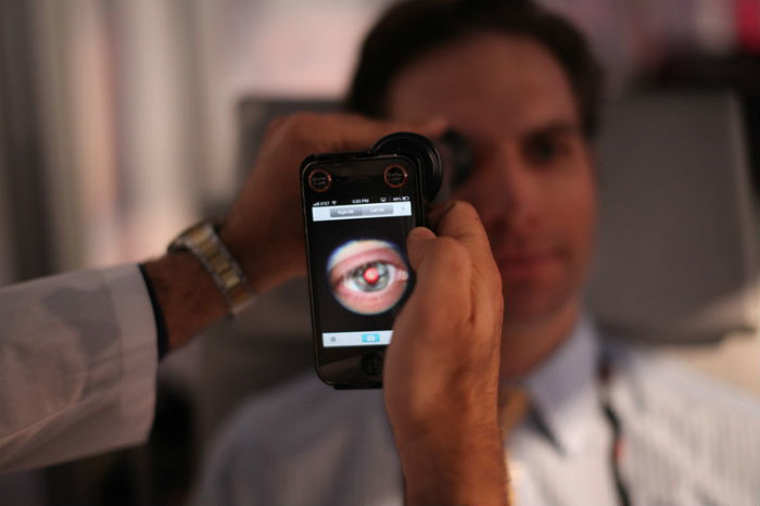 10 гаджетов, помогающих следить за здоровьем с помощью смартфона - 1