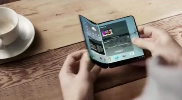 Пока Apple только собирается использовать дисплеи OLED, лидер отрасли уходит в отрыв
