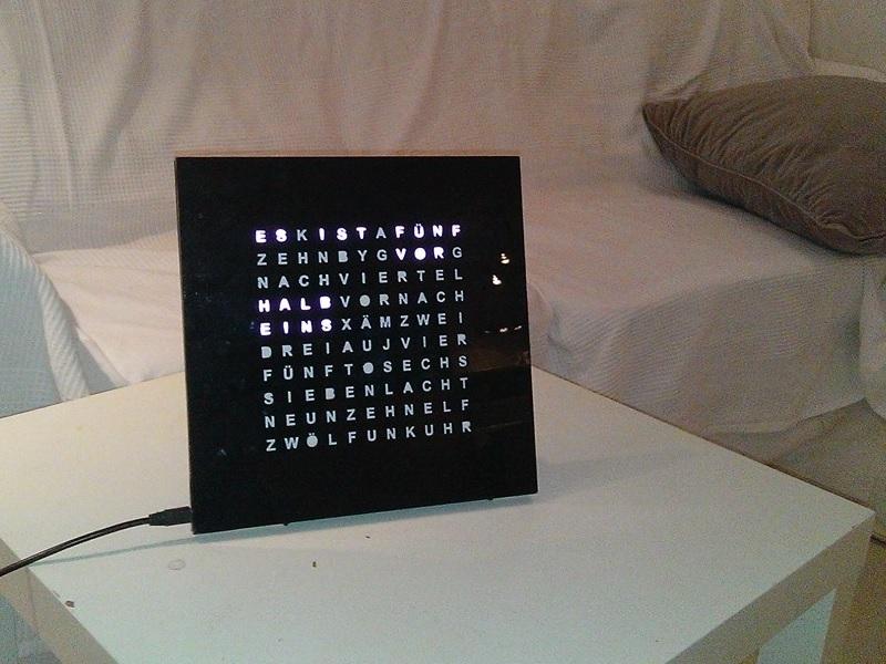 Электронные часы в духе Qlocktwo - 7