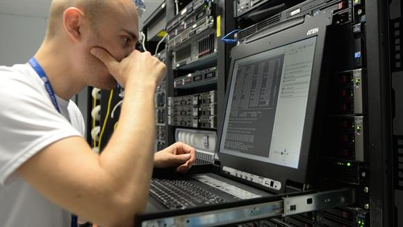 CloudFlare хотят заблокировать в России за сотрудничество с «пиратами» - 1