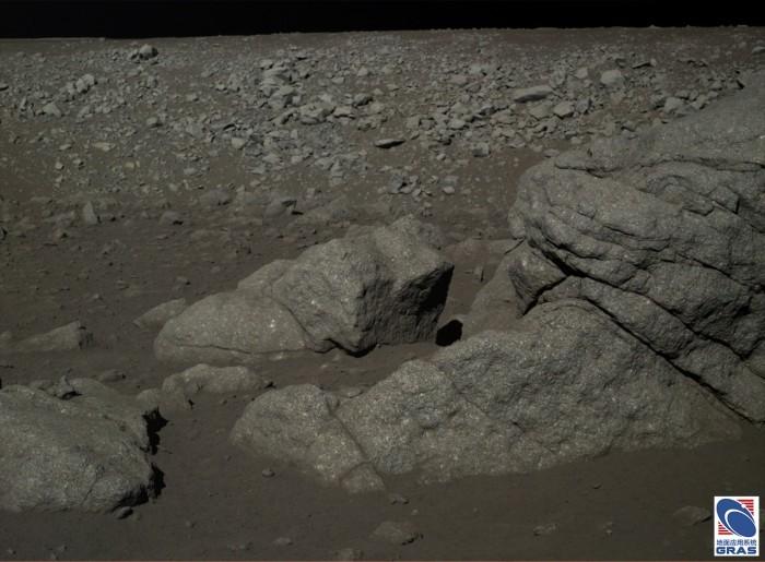Китай опубликовал фото с лунной поверхности - 2
