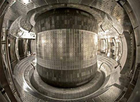 Китайские ученые продержали водородную плазму в стабильном состоянии 102 секунды - 3