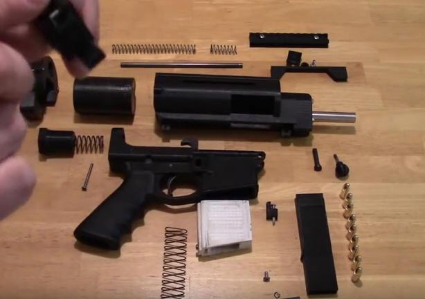 Полуавтоматический пистолет, почти целиком напечатанный на 3D-принтере - 2