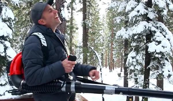 Сделай сам: автоматический перезаряжаемый снежкомёт - 1