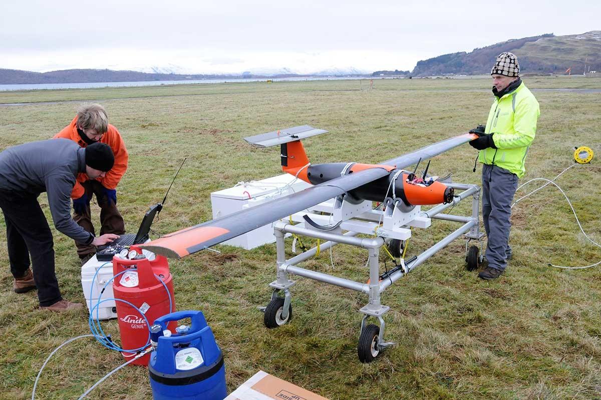 Беспилотный самолет на «твердом водороде» осуществил первый полет - 2