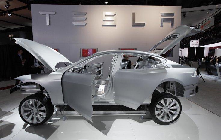 Предварительные заказы на электрокар Tesla Model 3 начнут принимать 31 марта 2016
