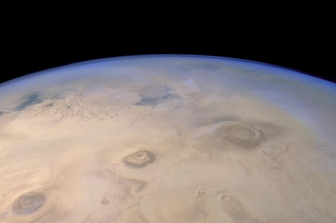 Взгляд на Марс от Mars Express - 1