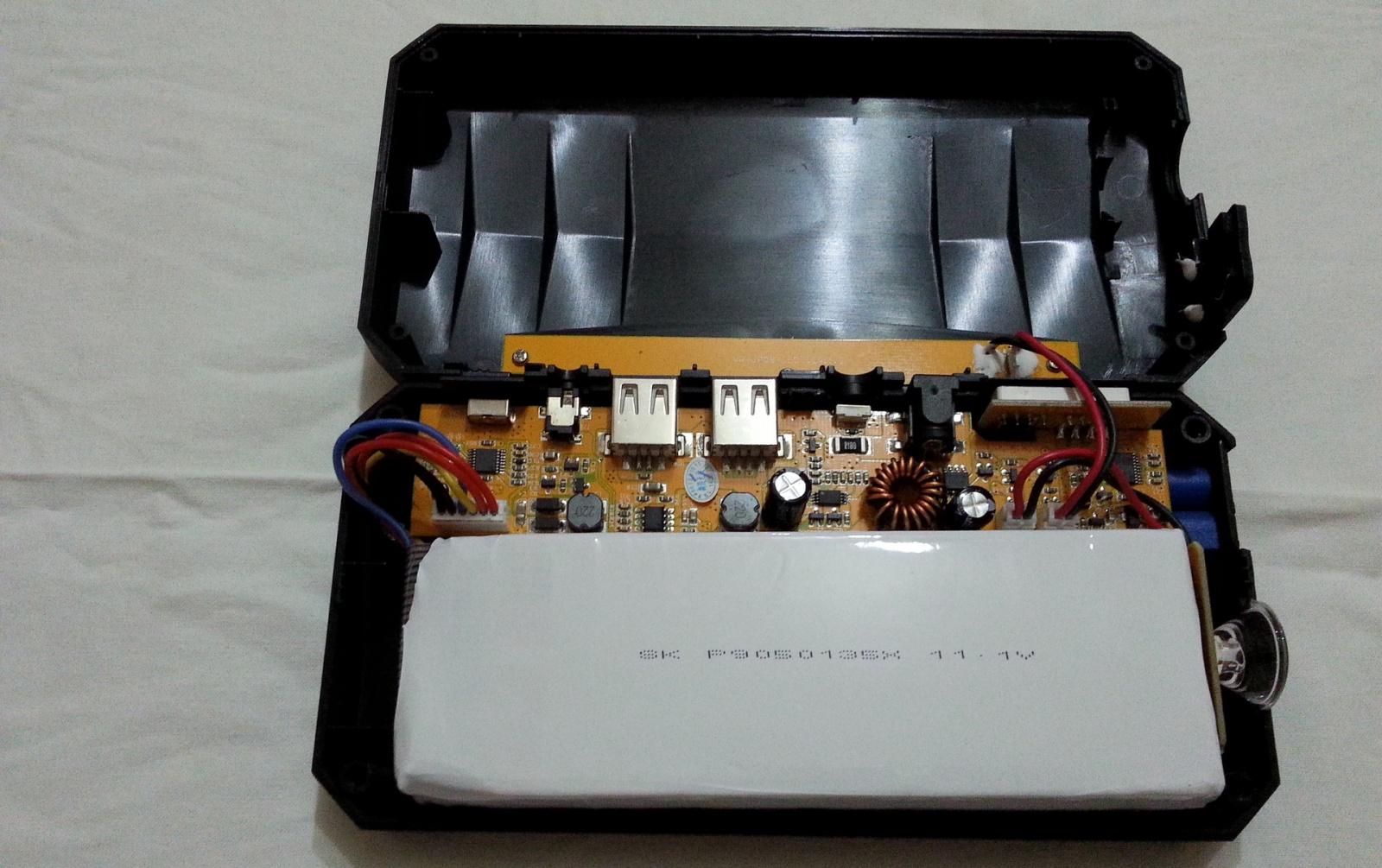 Заряд на любой случай жизни или пусковое устройство V5 Car Jump Starter 21000mah - 27