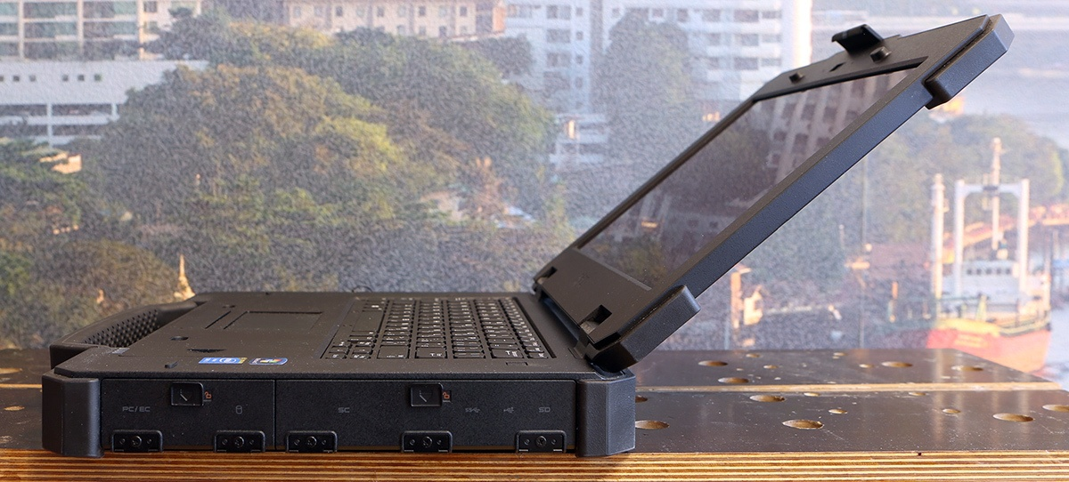 Ноутбук Dell Latitude 14 Rugged Extreme: очень крепкий парень - 5