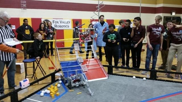 Школьные соревнования по робототехнике в штате Иллинойс, США - 7
