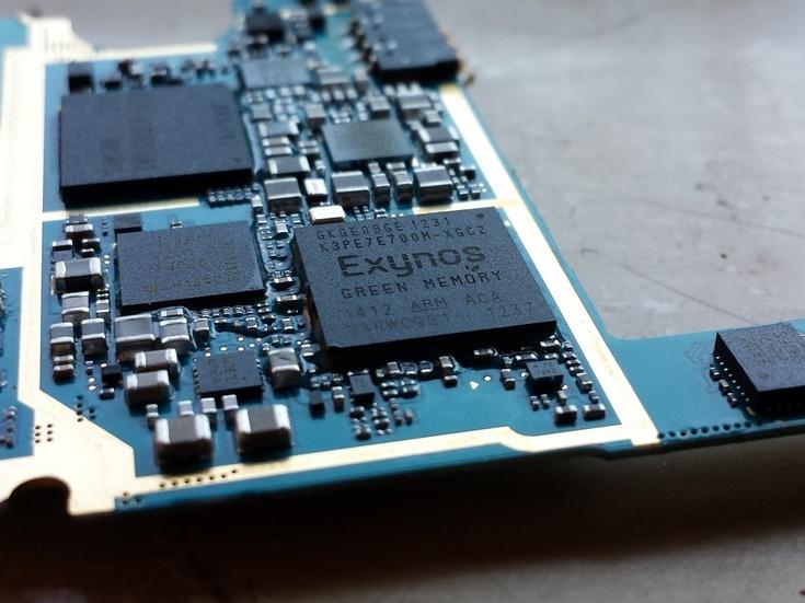Samsung и Huawei значительно нарастили выпуск собственных SoC