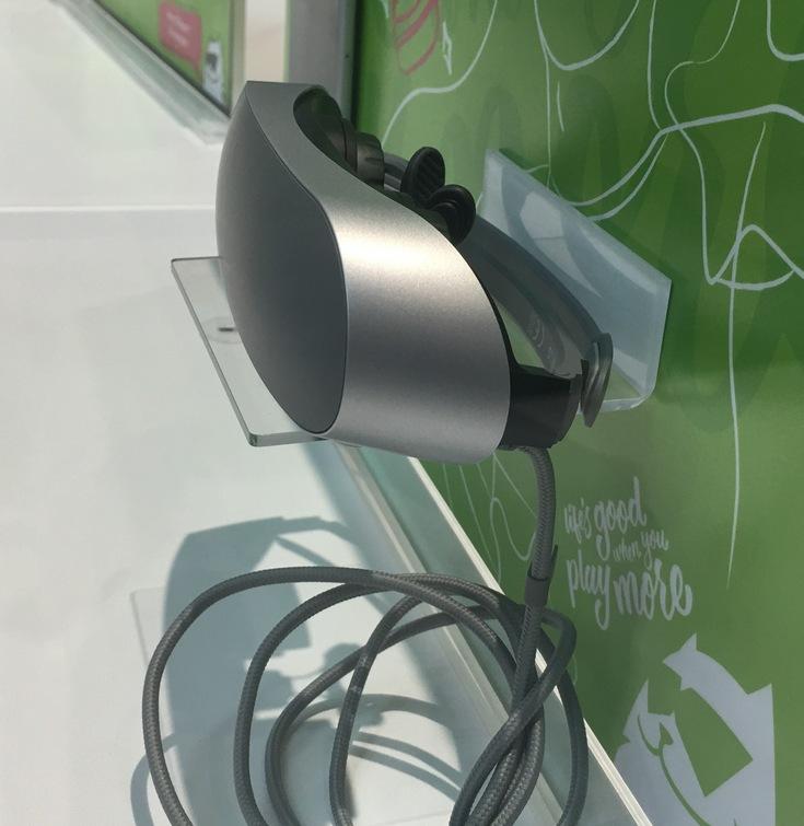 Владельцам LG G5 будет предложена гарнитура виртуальной реальности LG 360 VR (фото с MWC 2016)