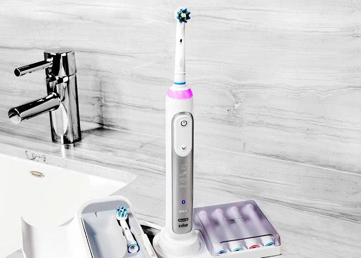 Умная зубная щётка Oral-B Genius умеет использовать камеру смартфона