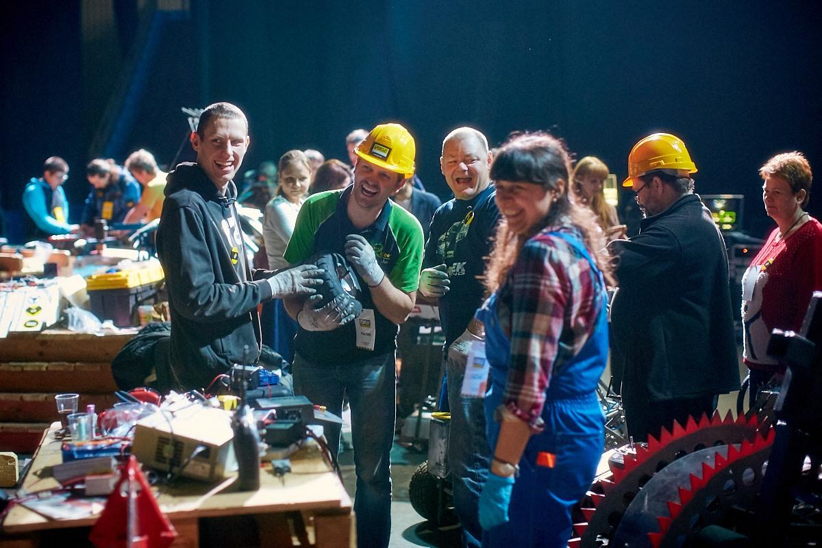 Фотоотчет с открытия боев роботов «Бронебот-2016» - 13