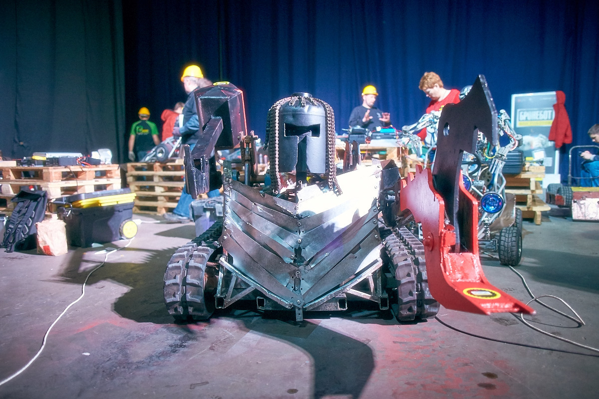 Фотоотчет с открытия боев роботов «Бронебот-2016» - 19