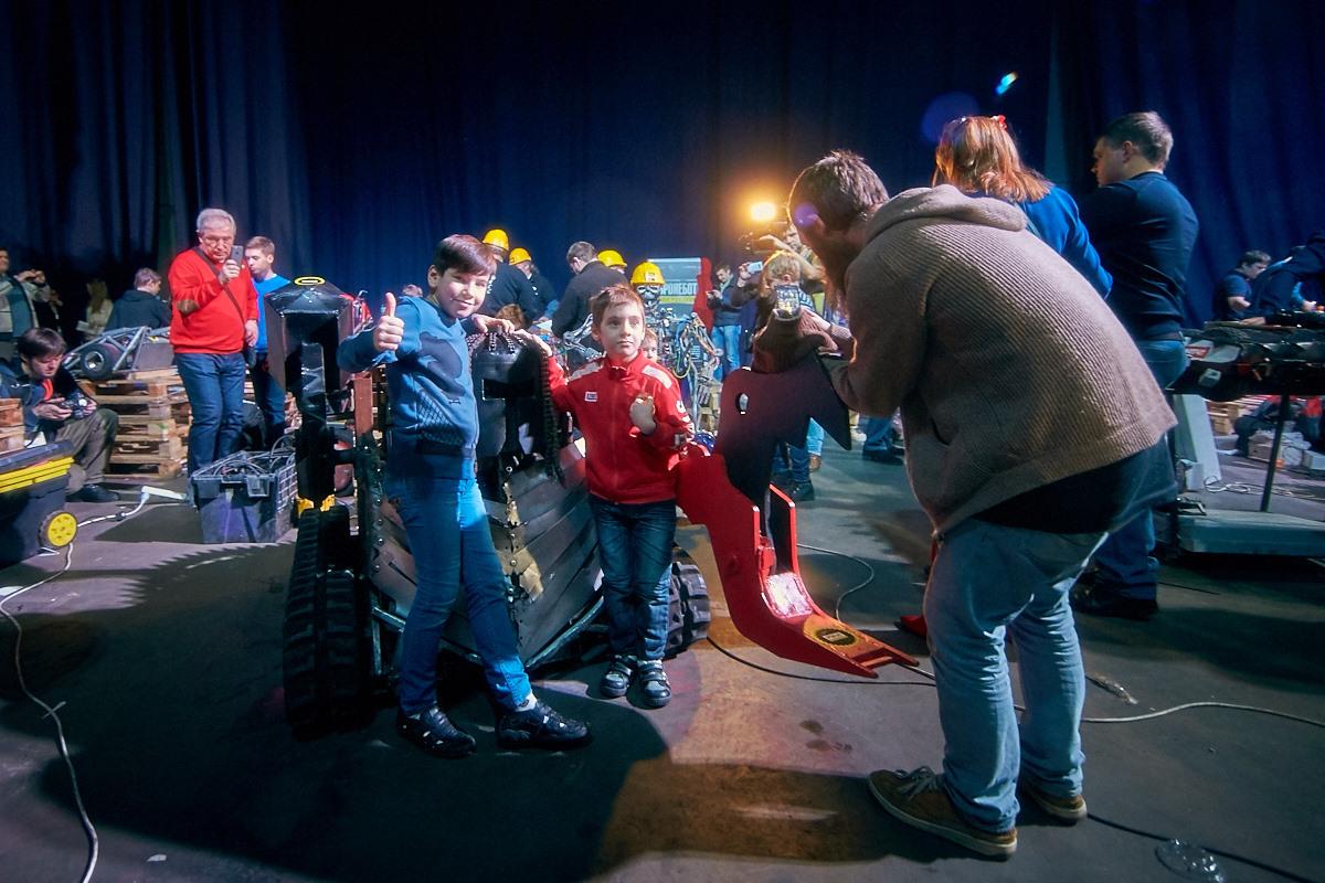 Фотоотчет с открытия боев роботов «Бронебот-2016» - 27