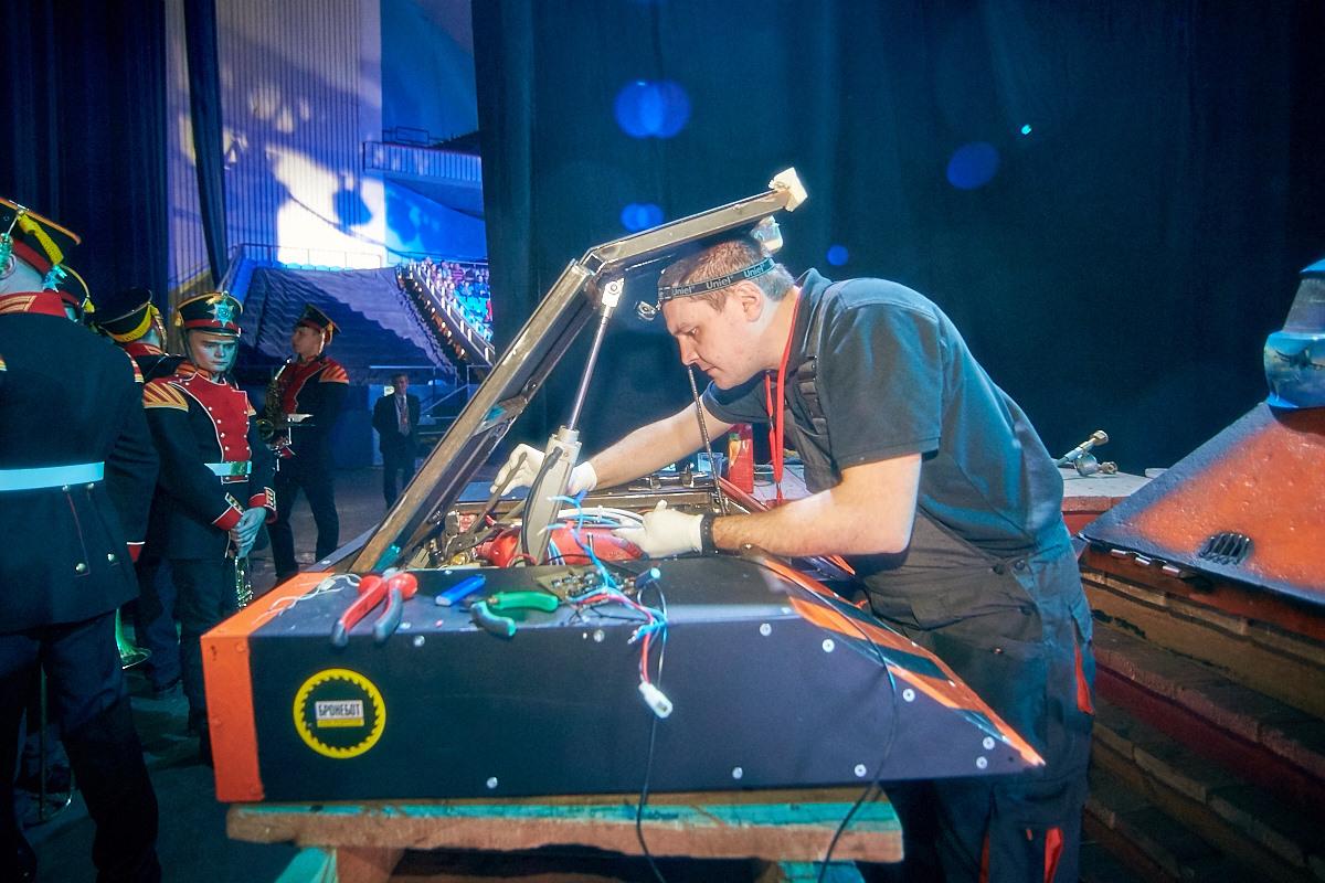 Фотоотчет с открытия боев роботов «Бронебот-2016» - 28